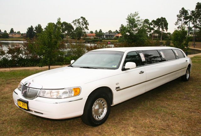 Hunter Valley Lincoln limousine tours
